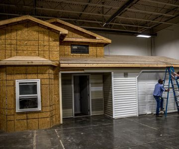 home build by building technology students