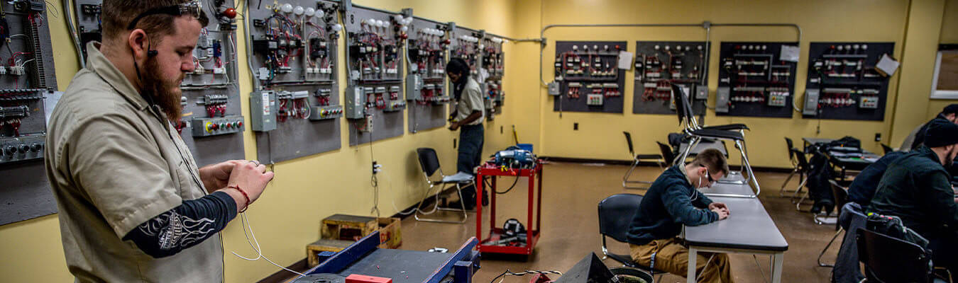 NCST students working in the electrical technology lab